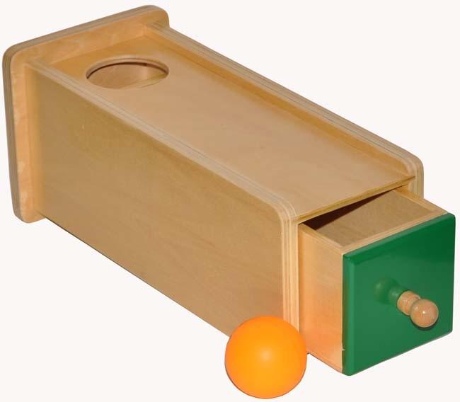 Quels jouets Montessori proposer à un enfant d'un an ?