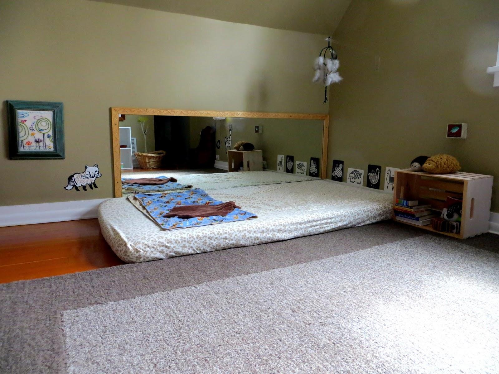 Chambre Montessori pour bébé. Les grands principes.