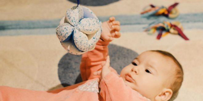 idees-cadeaux-enfant-0-1-an