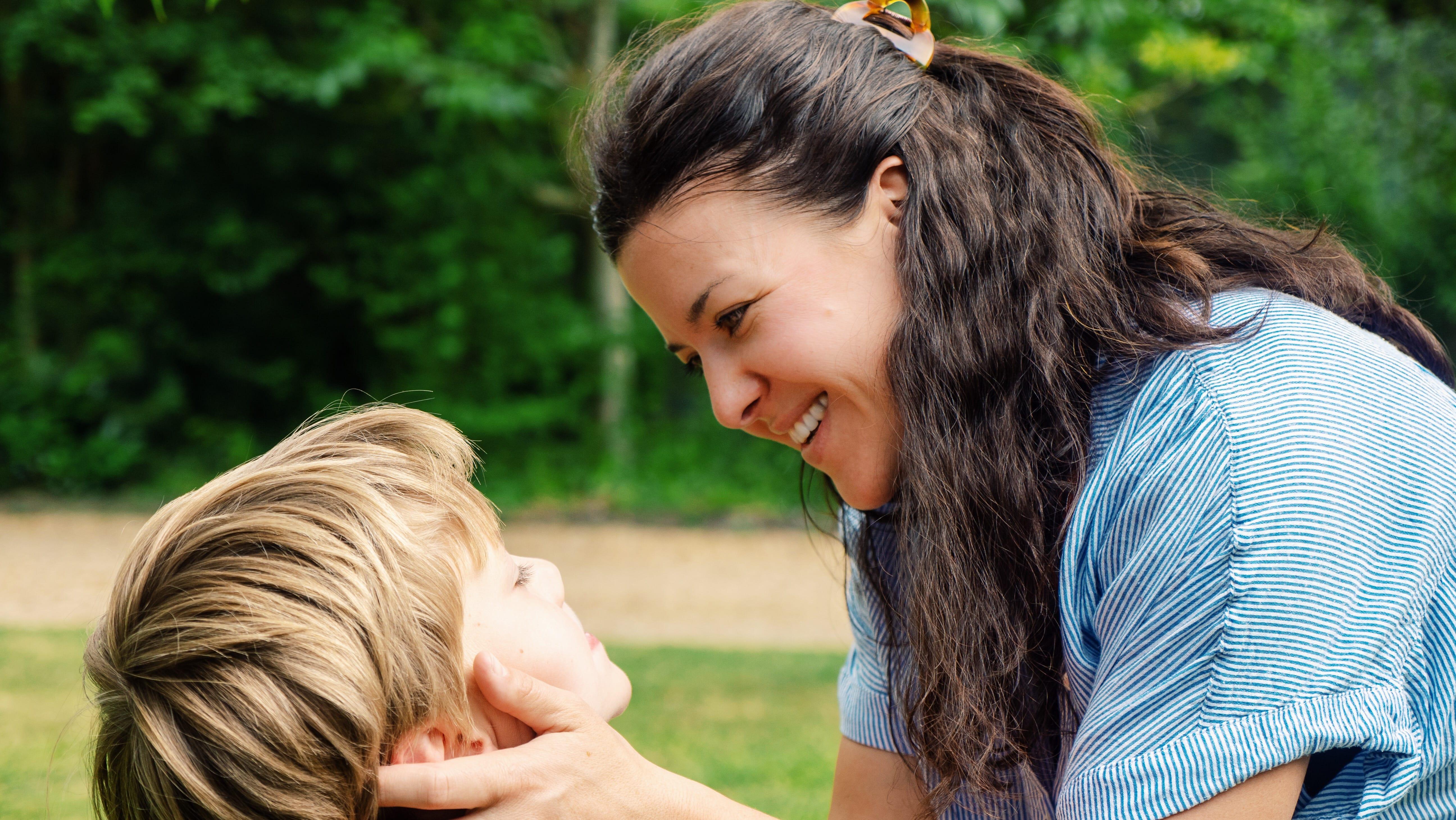 Mère au Foyer : Comment trouver l'épanouissement personnel en assumant ce rôle familial ?