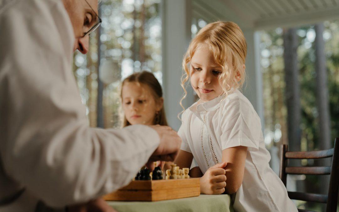 enfant-jouer-idee-jeux-activite-enfant-7-ans